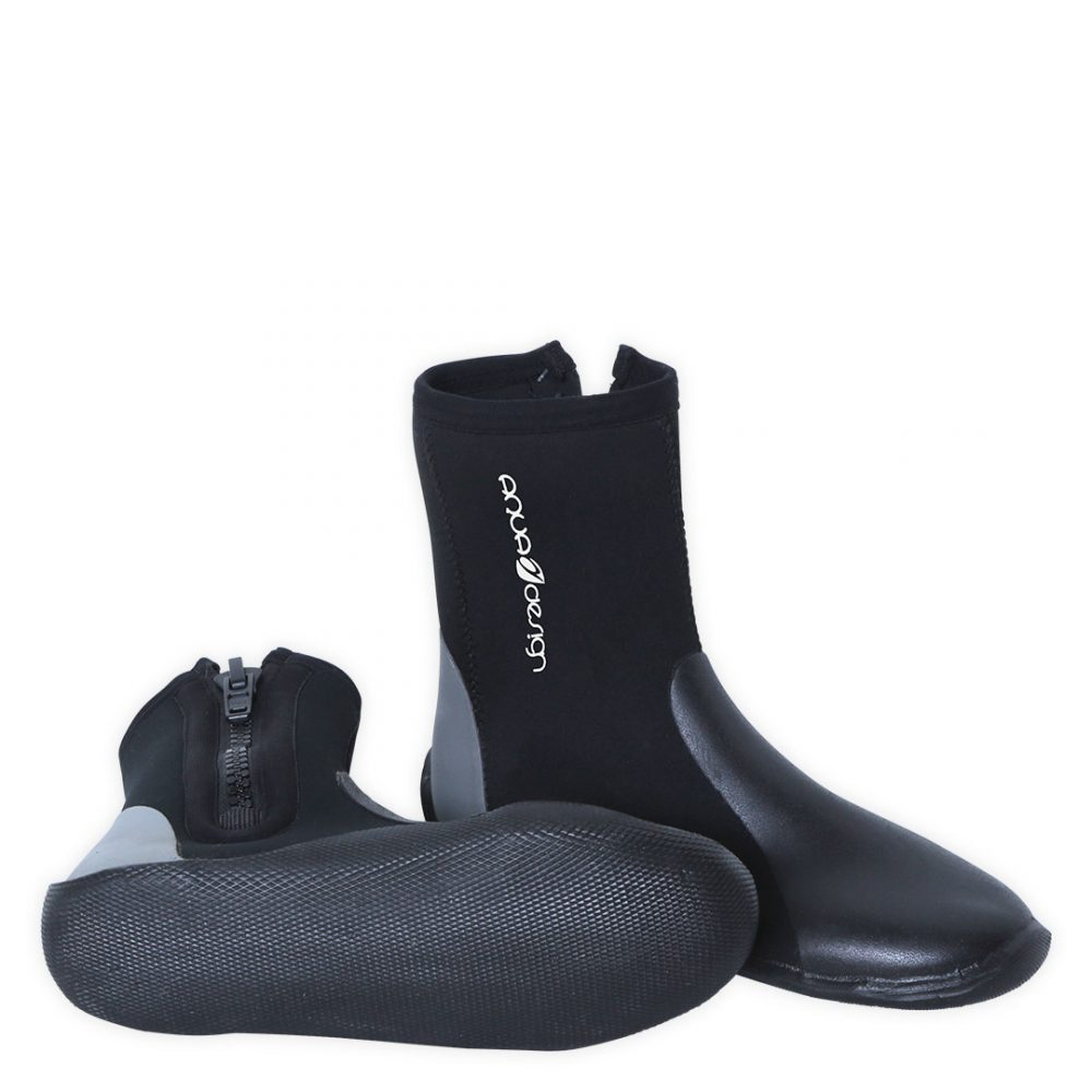 Alpine Neoprene 5 mm boots with ZIP for rafting, kayaking, canyoning, white water swimming. Bottom view